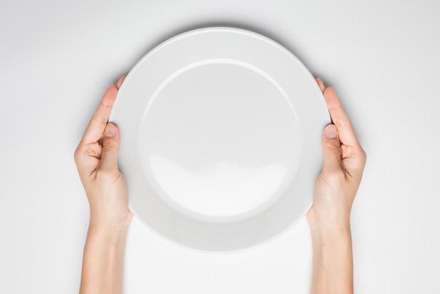 いくつ知ってる?世界の変わった食事マナー 10選