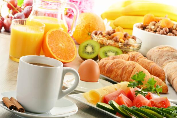 外食やコンビニ食でも上手に栄養バランスをとるためのヒント