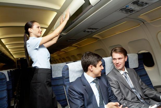 ビジネスマンにおすすめ、長時間のフライトの過ごし方